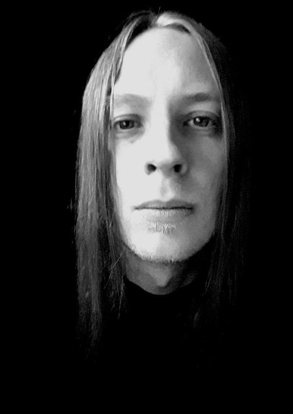Wiedergaenger-Metal-Band-Hamburg-Mirco-Rhythmusgitarre